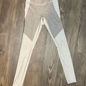 Outdoor Voices Pants & Jumpsuits - Outdoor Voices White & Black 7/8 Leggings